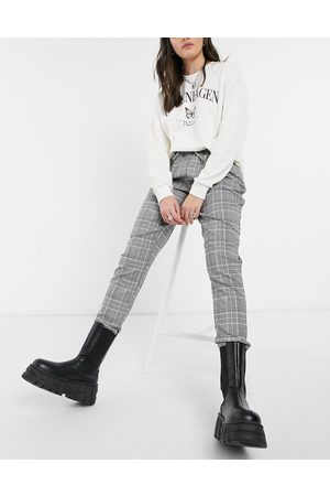New Look Jogger in grey check-Black