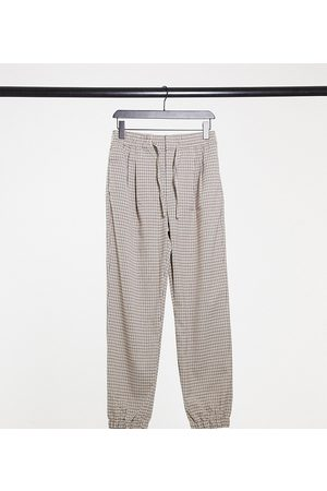 COLLUSION Tepláky - Unisex straight leg joggers in heritage check-Brown