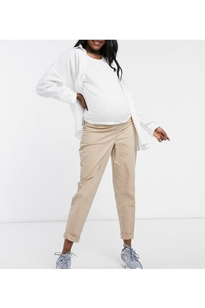 ASOS ASOS DESIGN Maternity chino trousers with under the bump waistband in stone
