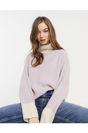 VIOLET ROMANCE High neck jumper in lilac-Purple