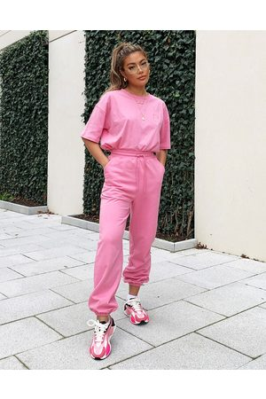 Weekend Collective Ženy Tepláky - ASOS co-ord oversized jogger with logo in washed pink