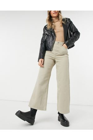 Dr Denim Aiko wide leg cropped jeans in cashew-Brown