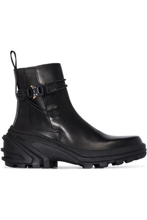 1017 ALYX 9SM Buckle leather ankle boots