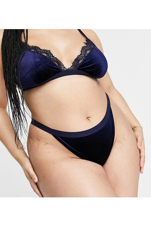 ASOS ASOS DESIGN Curve Annie velvet thong with lace in navy