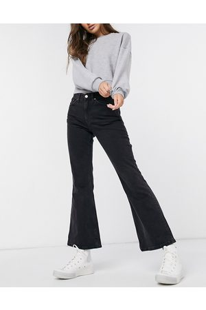 Weekday Ženy Bootcut - Wave flared jeans in black