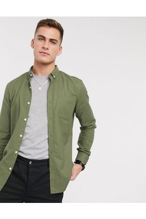 New Look Long sleeve organic cotton oxford shirt in khaki-Green