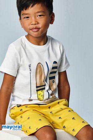 Mayoral Moda Infantil, S:A.U. Chlapci Dětské soupravy - SET chlapeckého trička a šortek Mayoral Bermuda