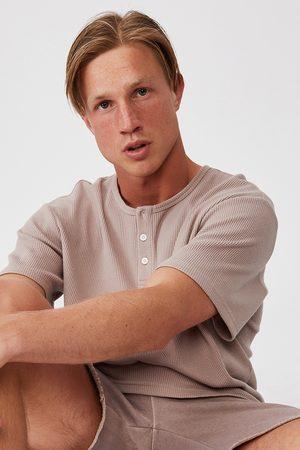 Cotton On Hnědé tričko Henley