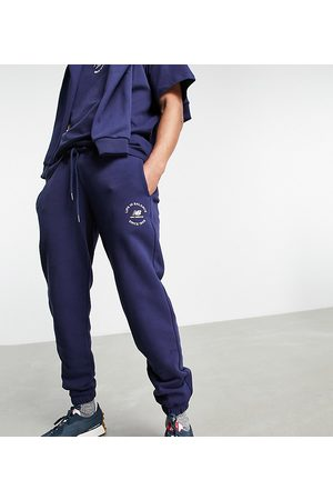 New Balance Muži Tepláky - Life in balance joggers in navy - exclusive to ASOS