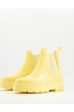 ASOS DESIGN Gadget chunky chelsea wellies in pastel yellow