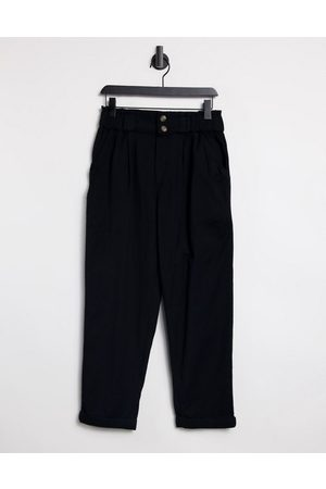 AMERICAN EAGLE Straight leg trousers in black