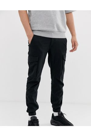 Jack & Jones Intelligence cuffed cargo trouser in black