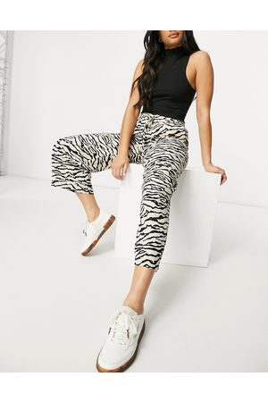 Selected Ženy Culottes - Femme culotte co-ord in neutral animal print-Multi