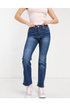 Only Wauw flared jeans with mid rise in medium blue