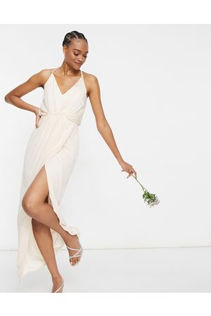 TFNC Ženy Ke krku - Bridesmaid satin halterneck top maxi dress in light blush-Cream