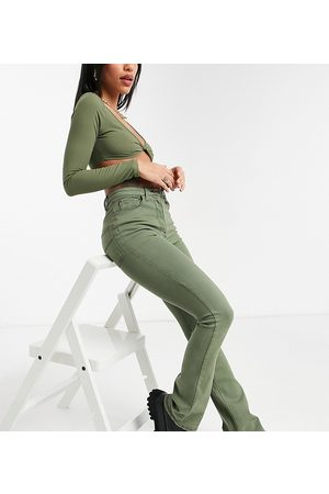 COLLUSION Ženy Bootcut - X008 bootleg jeans in washed green