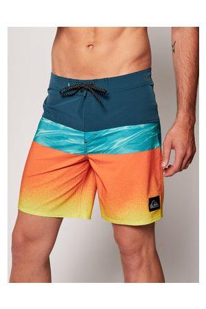Quiksilver Plavecké šortky