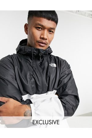 The North Face Muži Venkovní - Wind anorak jacket in white Exclusive at ASOS