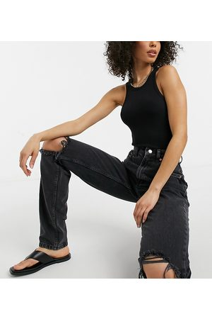 ASOS Ženy S vysokým pasem - ASOS DESIGN Tall high rise 'Slouchy' mom jeans in washed black with rips