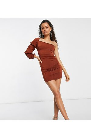 ASOS Ženy Na párty - ASOS DESIGN Petite soft touch one shoulder triple sleeve mini dress in rust-Brown