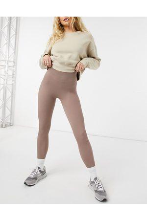 Vero Moda Seamless leggings co-ord in mocha-Brown