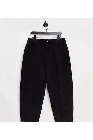 Missguided Tapered jeans with seam detail in black