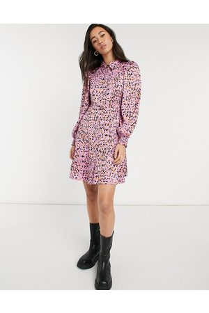 Vero Moda Ženy Volnočasové - Mini shirt dress in pink abstract print
