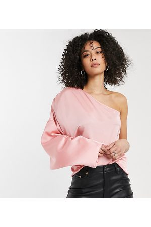 Missguided Ženy Halenky - Satin one shoulder blouse with balloon sleeve in blush-Pink