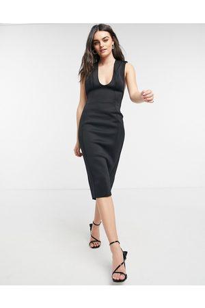 ASOS Ženy Volnočasové - Shoulder pad plunge seamed pencil midi dress in black