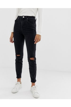 ASOS Ženy S vysokým pasem - High rise farleigh 'slim' mom jeans in washed black with busted knees