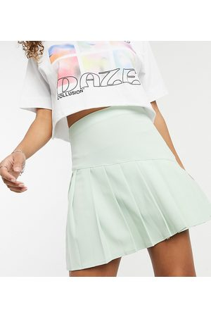 COLLUSION Seamed pleat mini skirt-Green