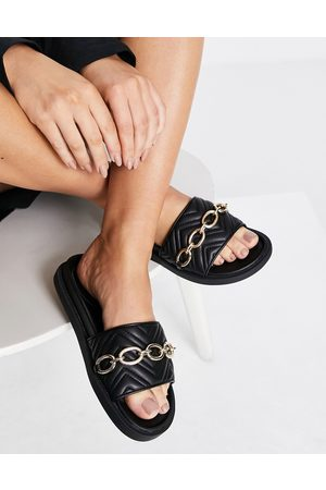 London Rebel Ženy Sandály - Chunky quilted chain sliders in black