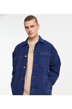 Reclaimed Vintage Muži Džínové bundy - Inspired denim jacket in blue with pocket detail