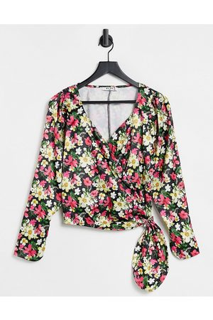 NA-KD Wrap blouse in floral-Multi