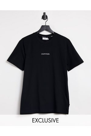 Calvin Klein Central front small logo t-shirt in black