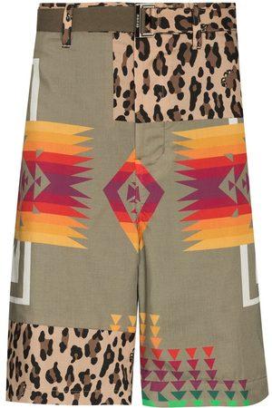 SACAI Muži Bermudy - Patchwork knee-length shorts