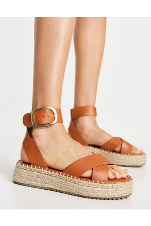 ASOS Ženy Espadrilky - Justice flatform espadrille sandals in tan-Brown