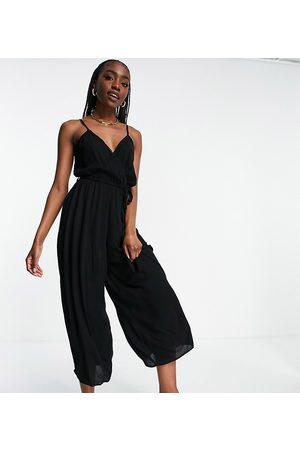 ASOS Ženy Overaly dlouhé - ASOS DESIGN tall wrap front cami culotte trim jumpsuit in black