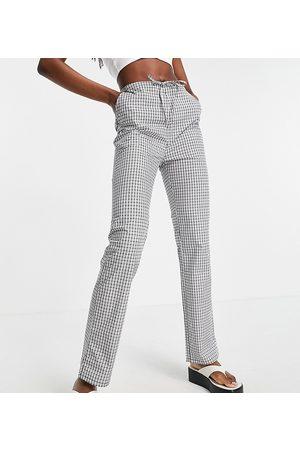 ASOS ASOS DESIGN Tall straight leg pull on poplin trouser in mono check-Black