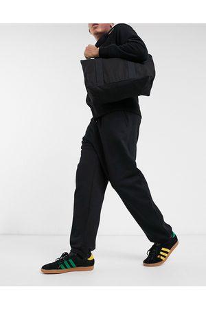 Weekday Standard Sweatpants in black