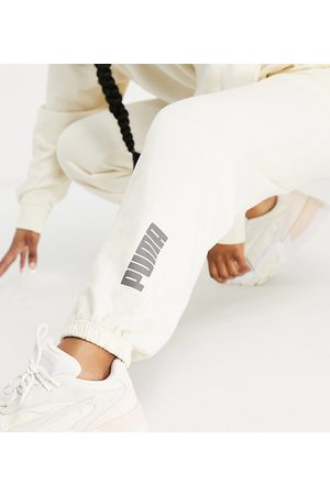 PUMA Ženy Tepláky - Washed jogger in off white- exclusive to ASOS