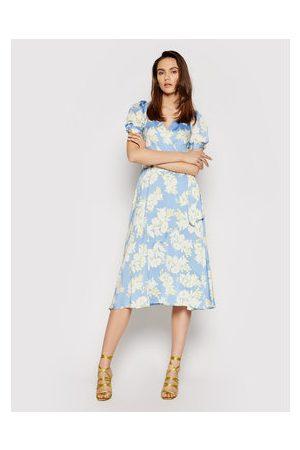 DKNY Letní šaty