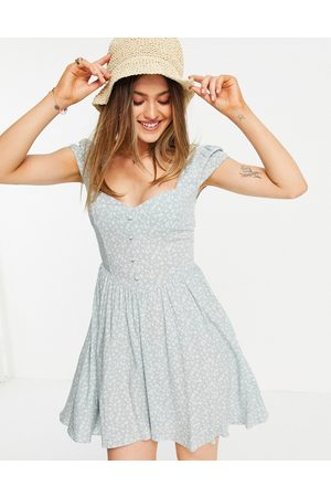 ASOS Ženy Volnočasové - 90s mini tea dress in sage floral print-Multi