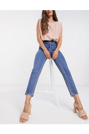 Vero Moda Mom jeans with high rise in blue