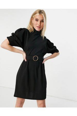 Lipsy London Ženy Na párty - Belted pencil dress with button shoulder detail in black
