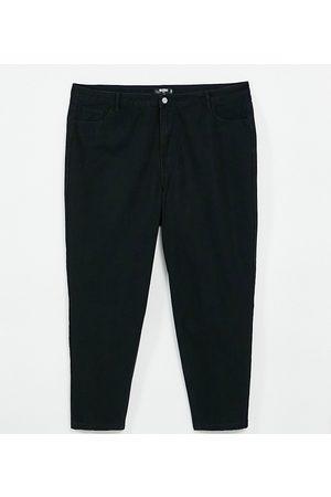Missguided Ženy S vysokým pasem - Riot high rise mom jeans in black