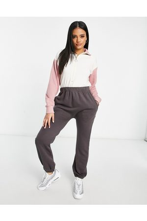 I saw it first Ženy Overaly dlouhé - High neck colourblock jumpsuit in charcoal and pink-Grey