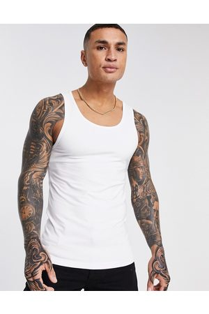 ASOS Muži Vesty - Organic muscle fit vest in white