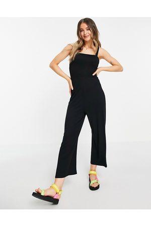 Brave Soul Ženy Overaly dlouhé - Square neck jumpsuit in black