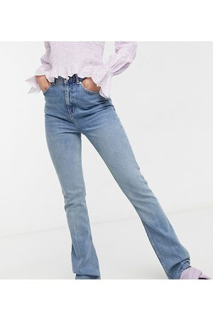 ASOS Ženy S vysokým pasem - ASOS DESIGN Tall high rise '70's' kick flare jeans in lightwash-Blue
